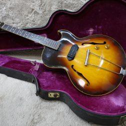 千葉県市川市のお客様より GibsonES-125D 1961年を買取致しました!サムネイル